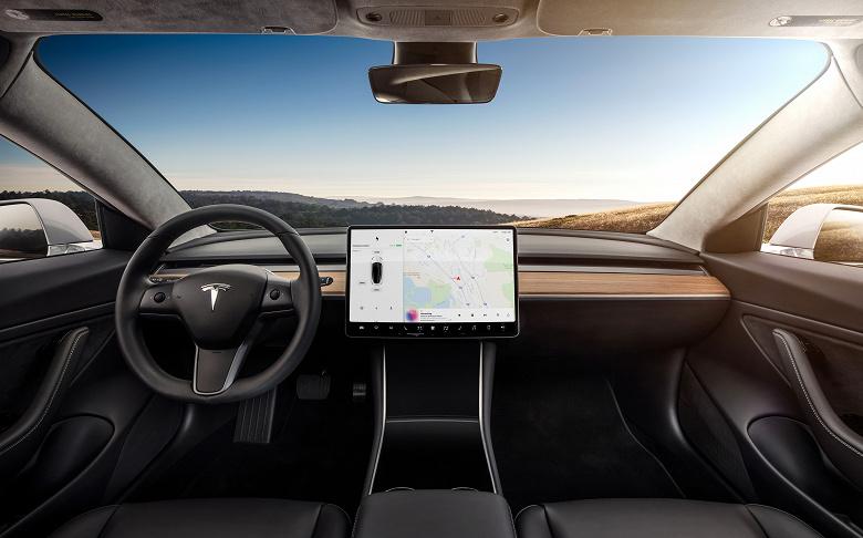 Tesla утверждает, что камеры её электромобилей не работают за пределами Северной Америки