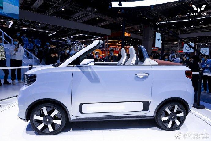 Китайский электрический кабриолет Wuling HongGuang Mini EV в следующем году поступит в продажу в Европе. Только цена будет 20 000 евро вместо 4300 долларов