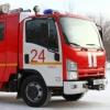 В Омске легковушка врезалась в пожарную машину и перевернула ее