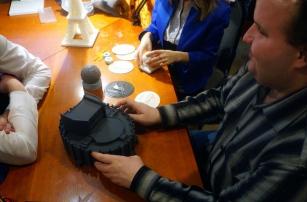 Для слепых челябинцев на 3D-принтере создают копии городских достопримечательностей