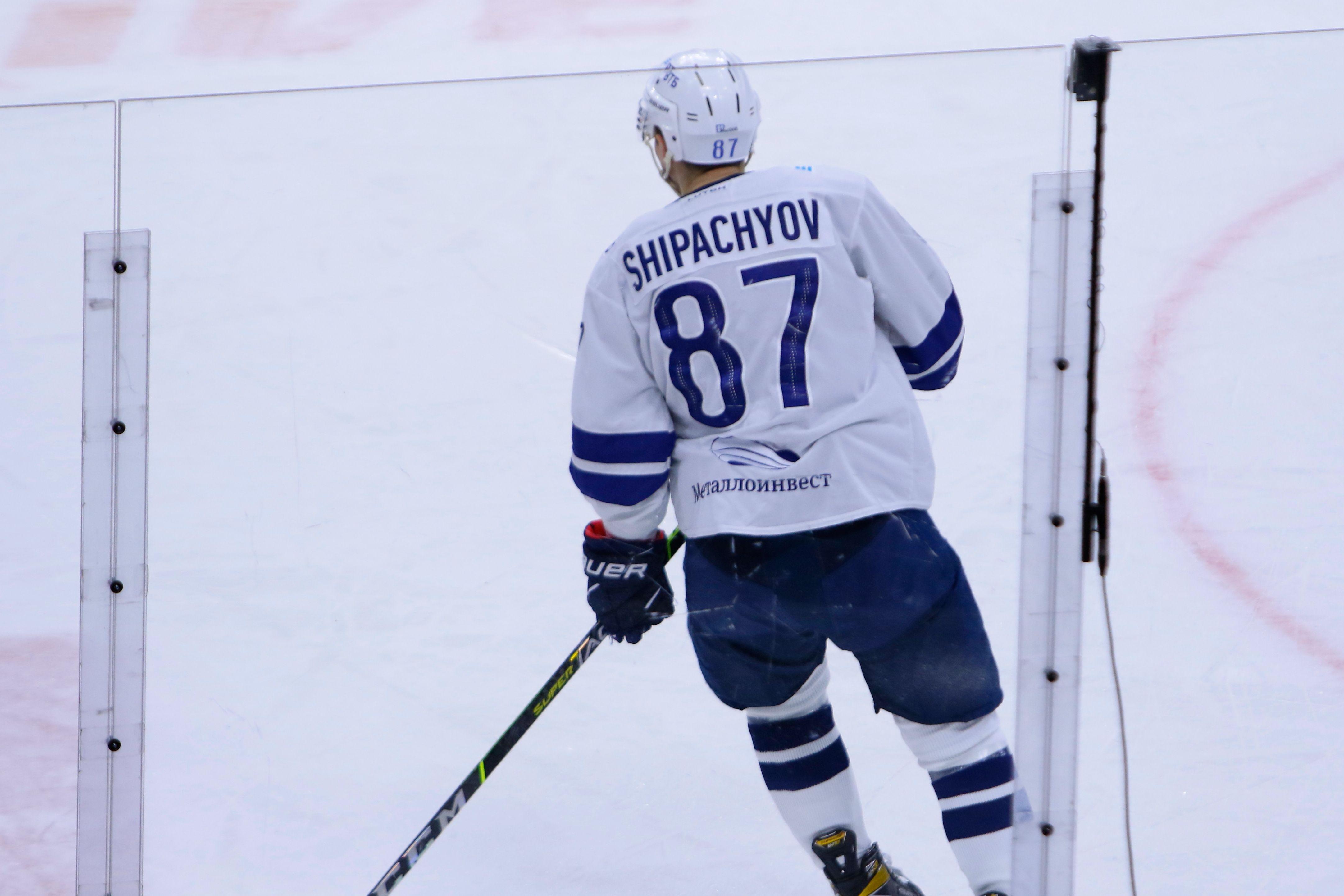 Шипачёв готов остаться в 'Динамо', если ему заплатят 120 миллионов рублей за сезон