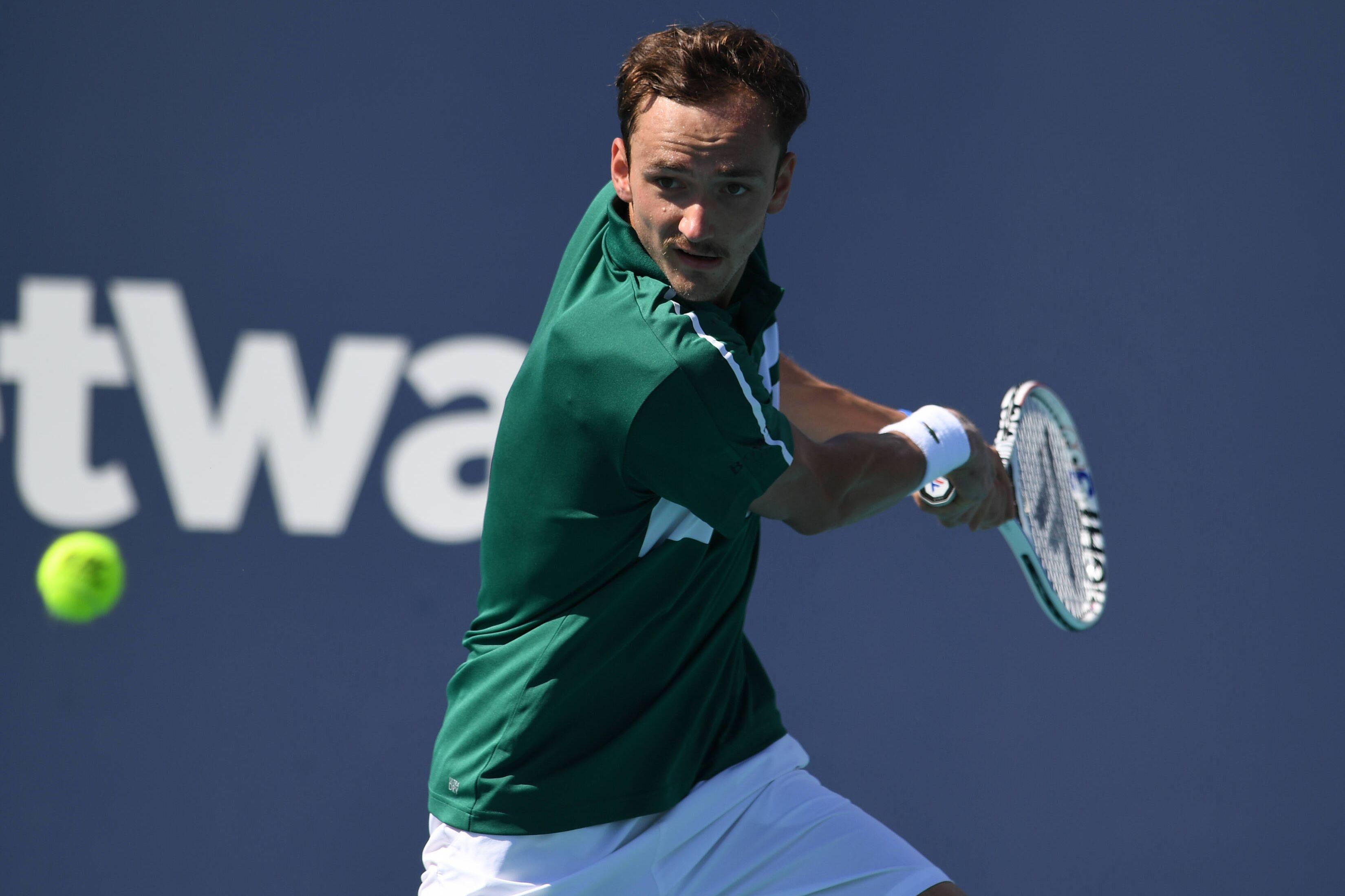 Медведев и Надаль провели совместную тренировку в Монте-Карло (ВИДЕО)