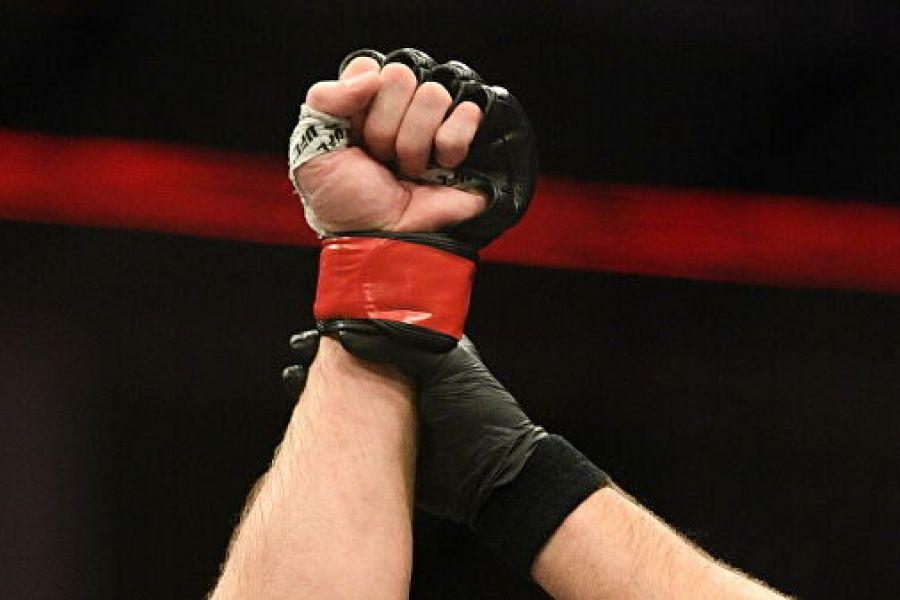 Боец Bellator отстранён на полгода из-за проблем с почками