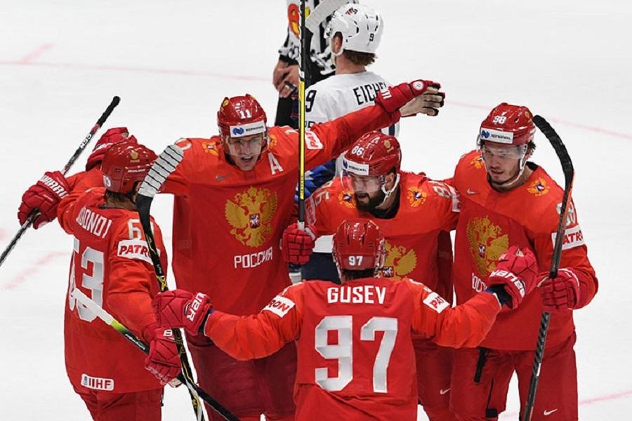 Фазель - после победы России над Чехией: 'Следующие два года будем слушать Чайковского, это тоже отлично!'