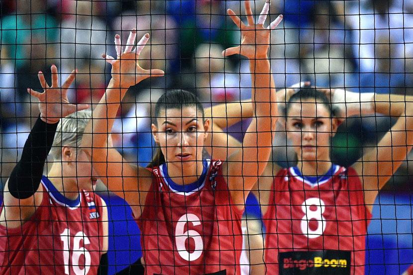 Сборная России по волейболу потерпела первое поражение в Лиге наций