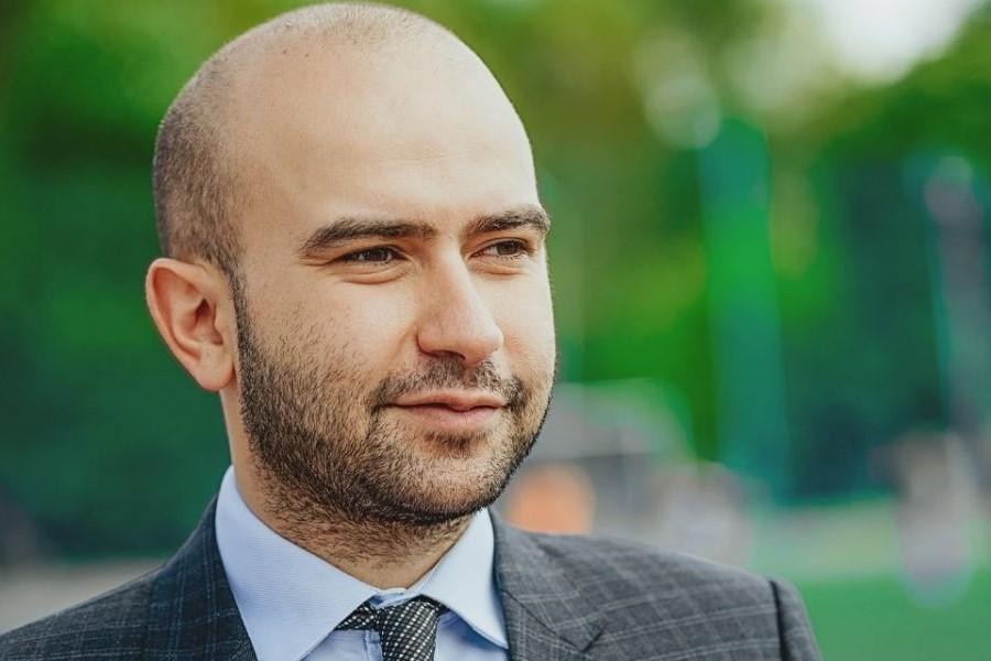 В Азербайджане отреагировали на отказ в аккредитации Нобеля Арустамяна на Евро-2020