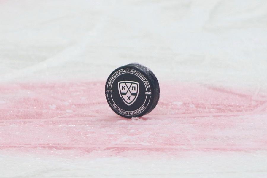 Голкипер 'Ак Барса' Билялов пропустит старт сезона КХЛ