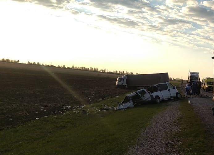 Фото с места смертельного ДТП в Татарстане