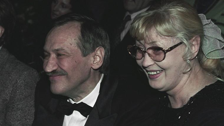 Вдали от мужа: что известно о похоронах вдовы Леонида Филатова Нины Шацкой?