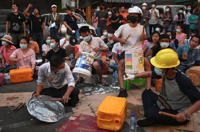 Правозащитники сообщили о гибели 38 человек при разгоне протестов в Мьянме