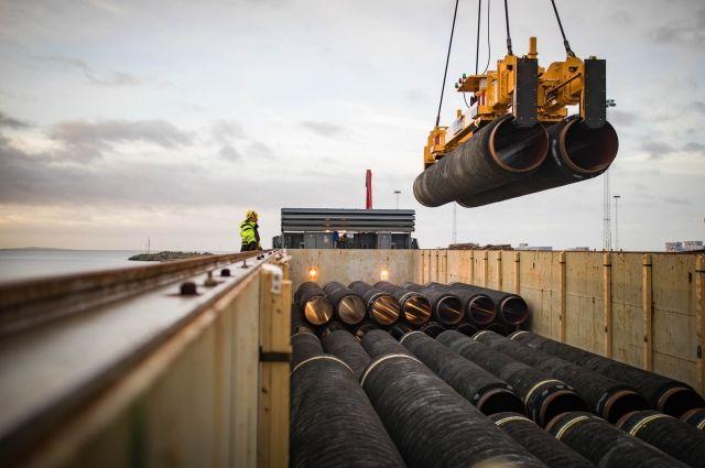 Nord Stream 2 заявила об активности военных кораблей в районе укладки СП-2