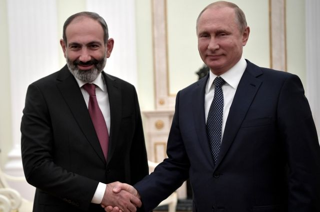 Песков рассказал, какие вопросы обсудят Путин и Пашинян во время встречи