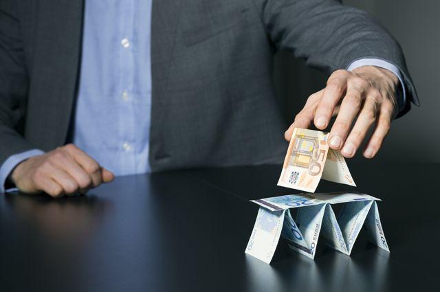 Не влезть в пирамиду. Как инвестировать и не остаться без денег
