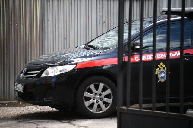 Сотрудницу органа опеки Якутии поместили под арест после смерти двух детей