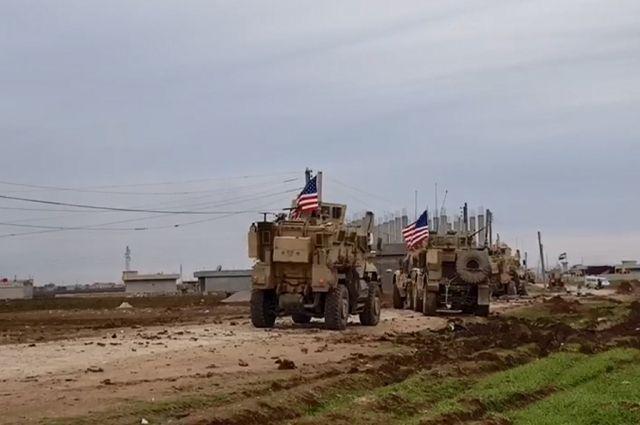 Россия сообщила об интенсивном перемещении техники коалиции в Сирии