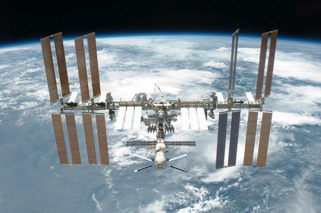 Роскосмос заявил о готовности РФ поделиться водой с астронавтами США