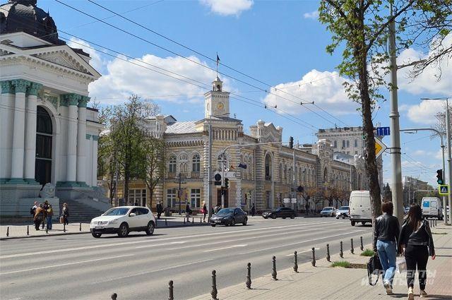 «Ругаем Россию, просим купить вино». Портят ли нам кровь проблемы Молдавии