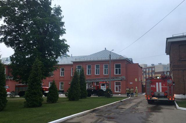 Пожар в рязанской больнице. Кто произвёл загоревшийся аппарат ИВЛ?