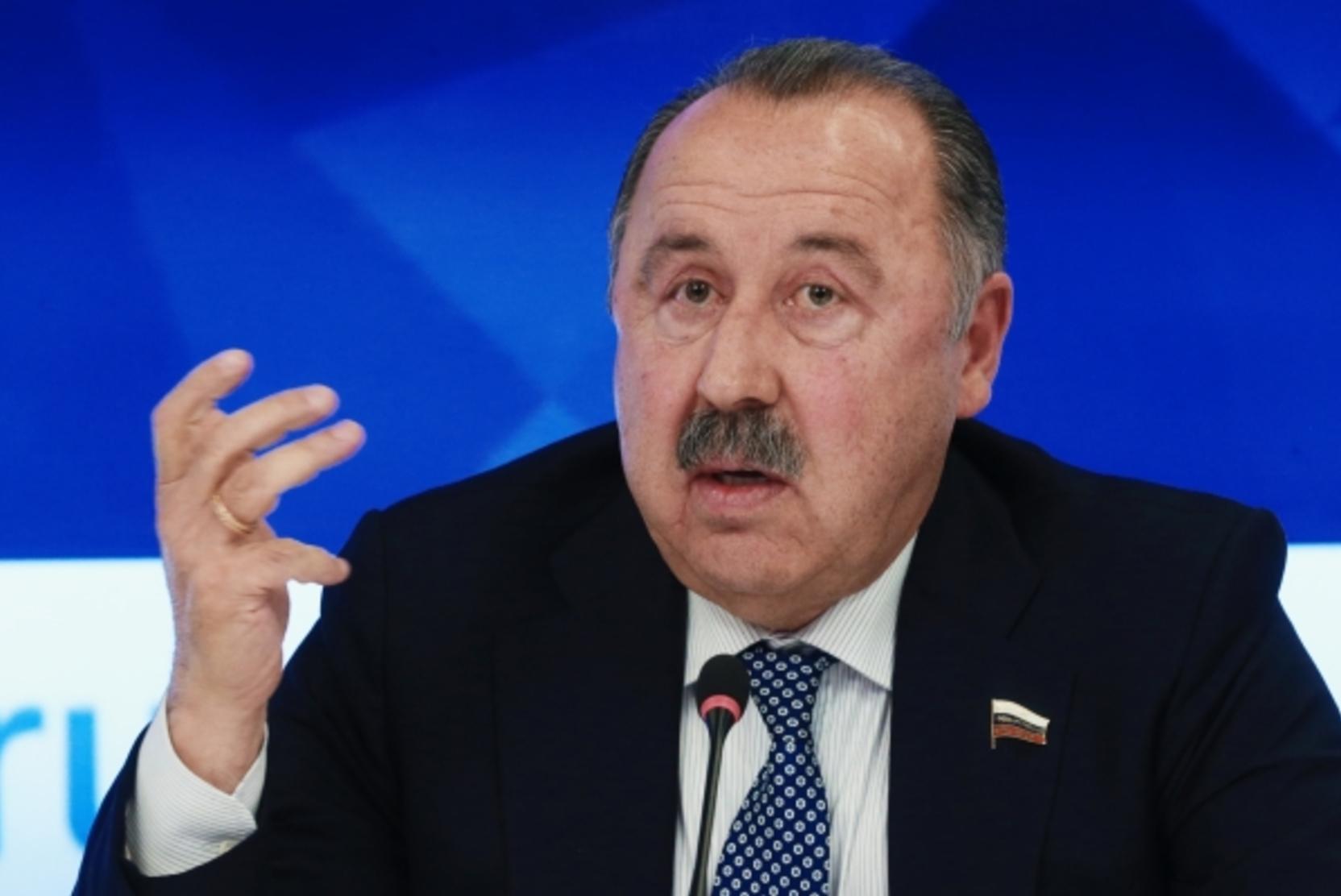 «Дайте им играть!» Газзаев возмутился, что у «Алании» отняли право на РПЛ