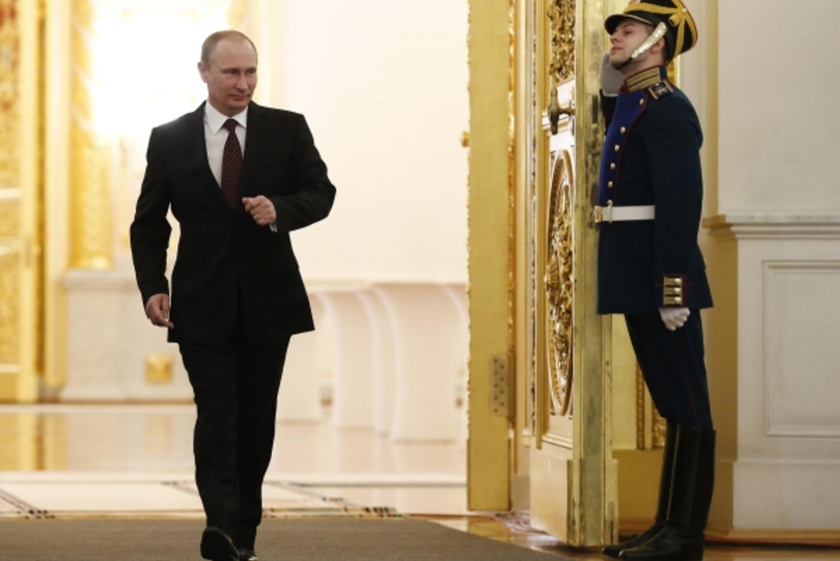 Экономика, бедность, суверенитет. О чем еще скажет Путин Федеральному Собранию?