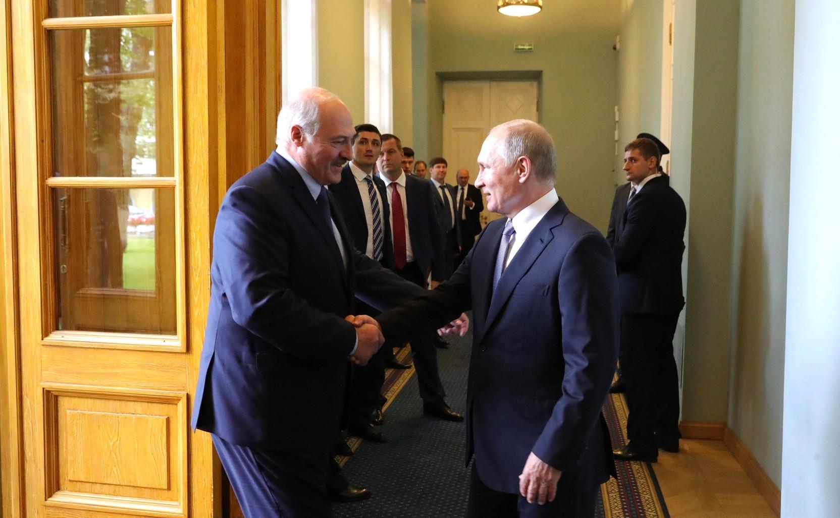 Путин и Лукашенко обсудили Нагорный Карабах
