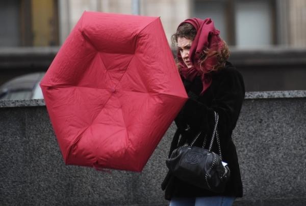 Жителей Москвы и области предупредили о «желтом» уровне погодной опасности