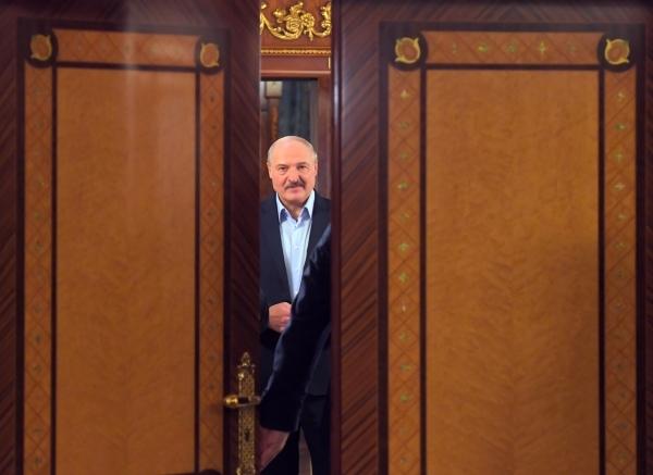 «Если вдруг». Недомолвки формируют политическую судьбу Лукашенко