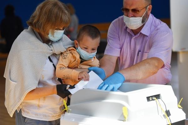 «60% против!» Социологи раскрыли влияние обязательной вакцинации на выборы в Госдуму