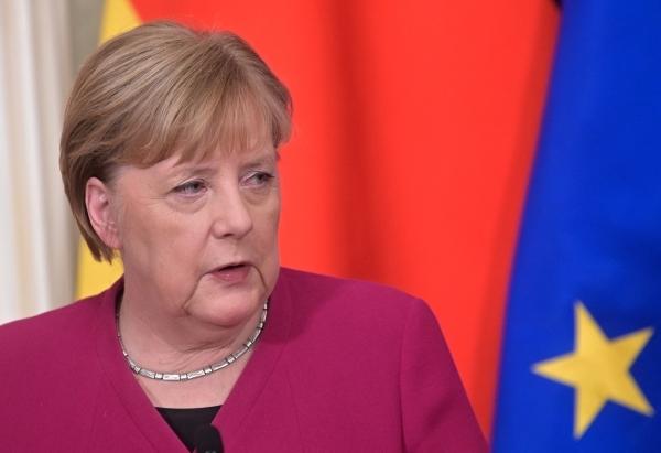 Меркель и Байден призвали РФ отвести войска от границ Украины