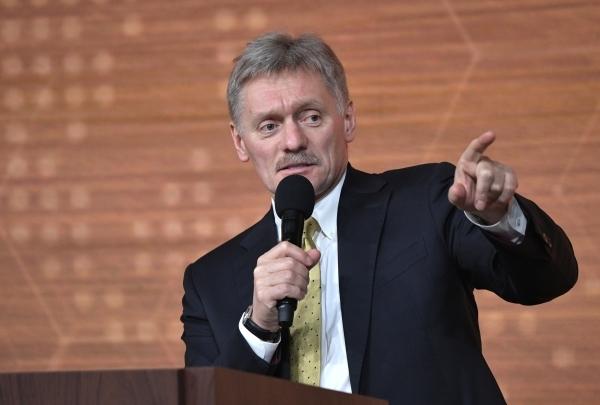Песков прокомментировал угрозу отключения России от SWIFT