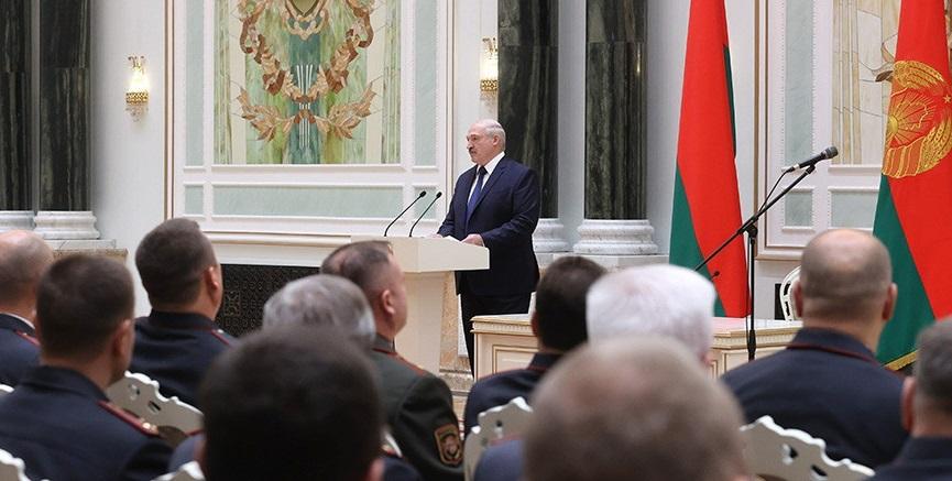 Лукашенко назвал главные условия своего ухода с поста президента