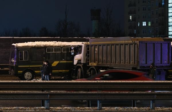 В Москве произошла авария с пятью автомобилями