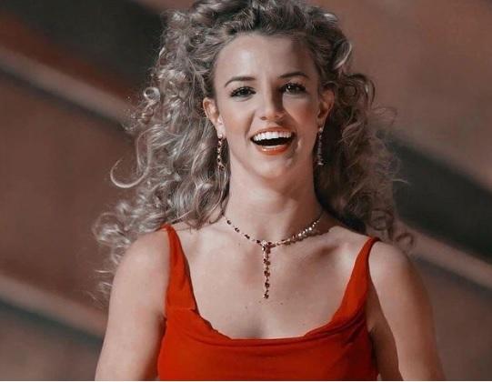 Бритни Спирс расплакалась, увидев документальный фильм о себе