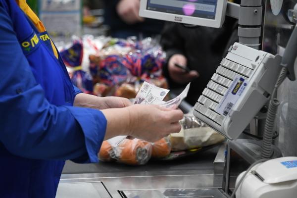 Аналитики подсчитали средний чек россиянина за поход в магазин