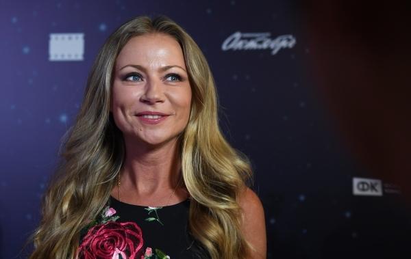 Украина включила в «черный список» актеров Миронову, Петренко и Копылова