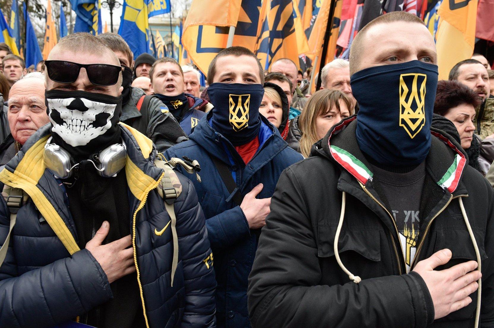 Националисты прошли маршем в годовщину трагедии в Одессе