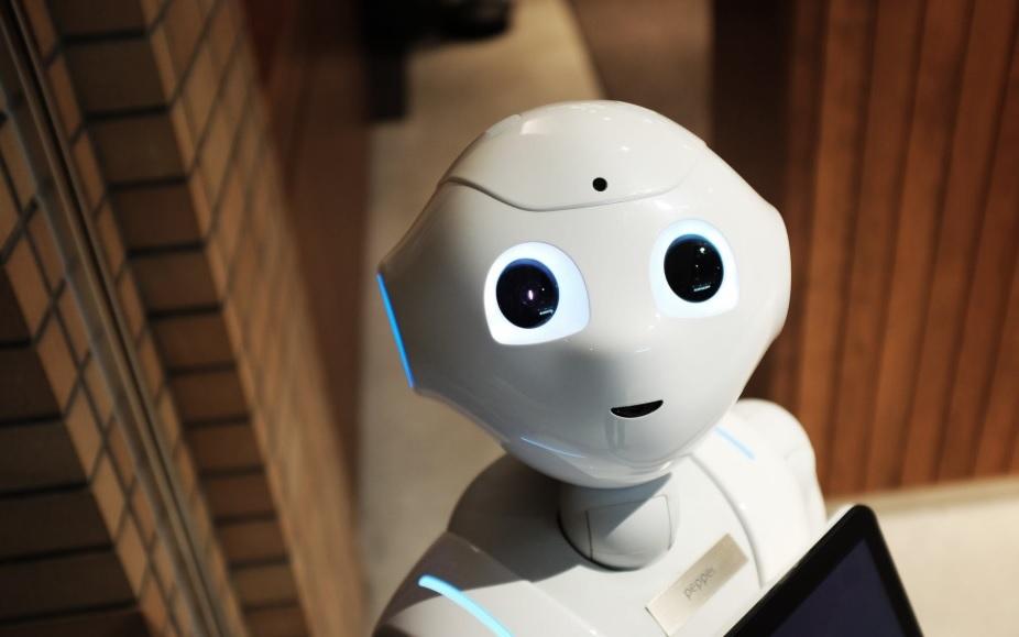 В России вслед за роботом-учителем появился первый робот-воспитатель детсадовцев