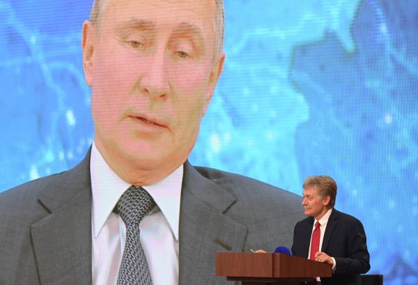 Песков: Кремль не получал запросов о переговорах с Зеленским
