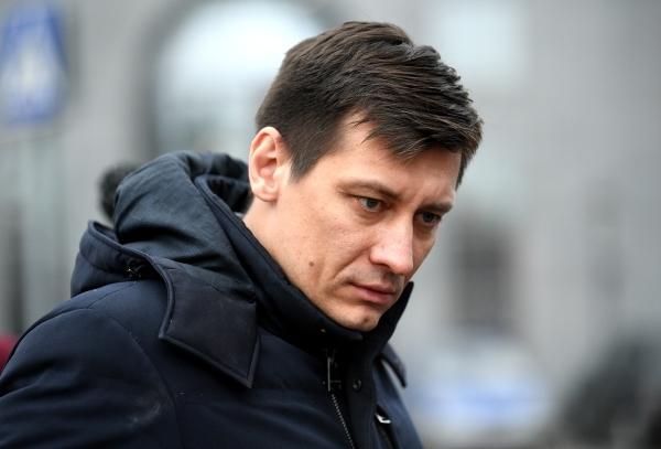 Гудков уехал из России в Болгарию