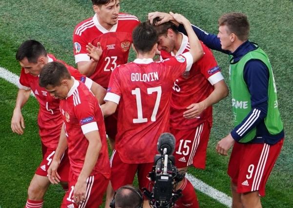 Сборная России обыграла финнов со счетом 1:0 на Евро-2020