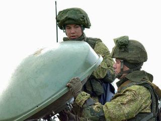 Кремль: Россия уже разъяснила перемещения войск по своей территории
