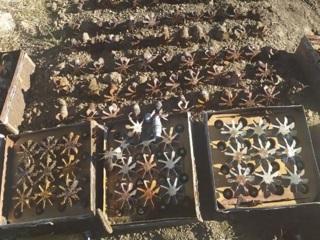 Десятки авиабомб найдены в Керченской крепости