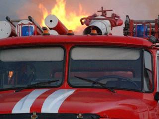 Пожар на западе Москвы вызвал обрушение конструкции здания
