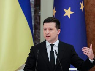 Зеленский: санкции 'прилетели' к 111 иностранцам