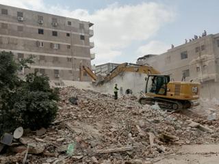 Число погибших в результате обрушения дома возросло до 25 человек