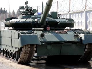 Подготовка к Параду: в Алабино приехали 150 боевых машин