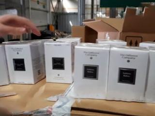 Французский парфюм под видом фильтров для воды: таможенники изъяли незаконный груз