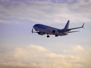 'Боинг', вылетевший из Сочи, возвращается из-за возможной разгерметизации кабины