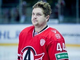 Экс-хоккеист 'Автомобилиста' скончался в возрасте 32 лет