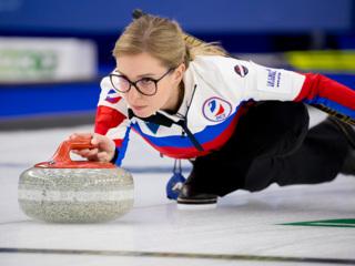 Керлингистки России продлили победную серию на чемпионате мира